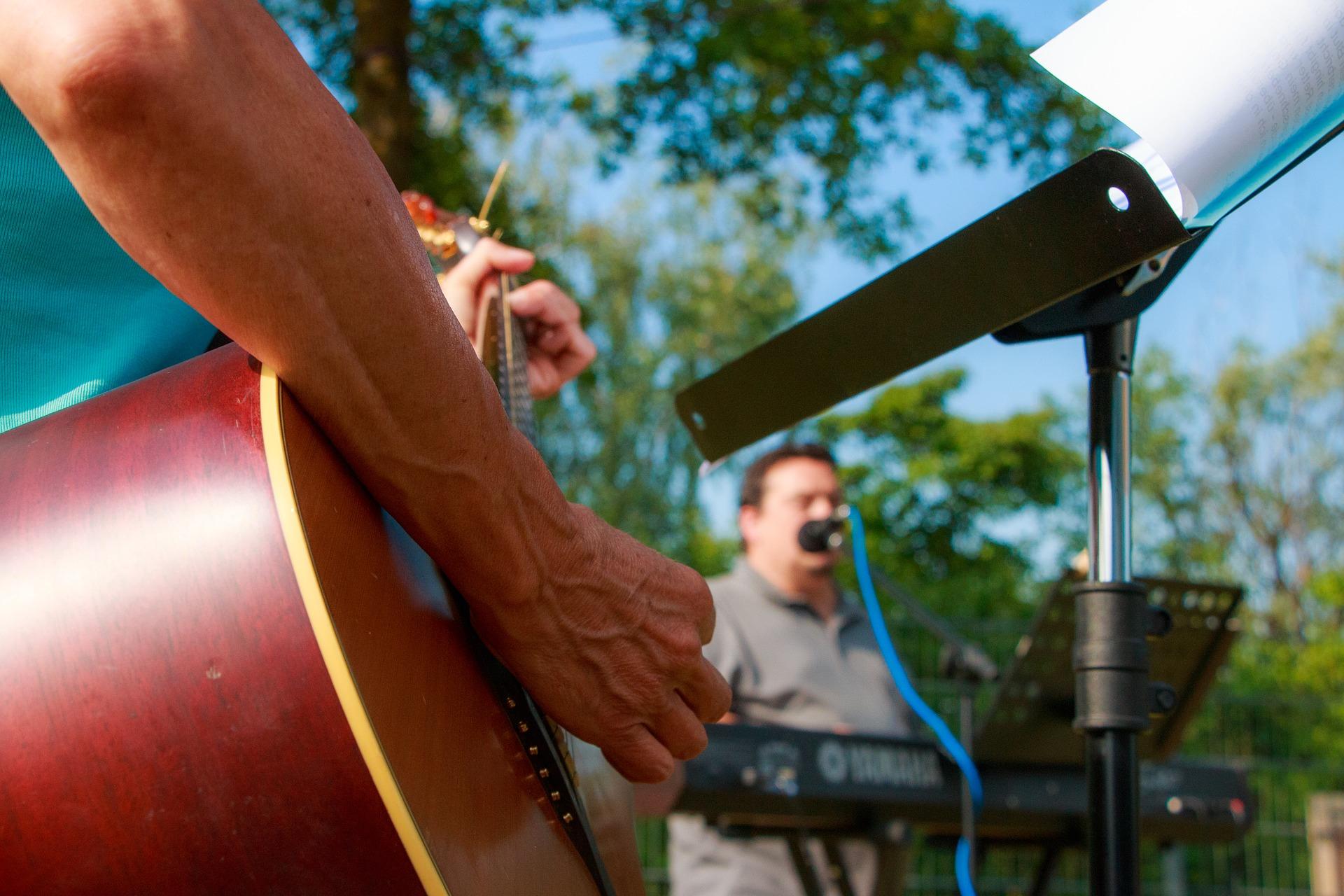 Country Music Jamboree at Barton Orchards image